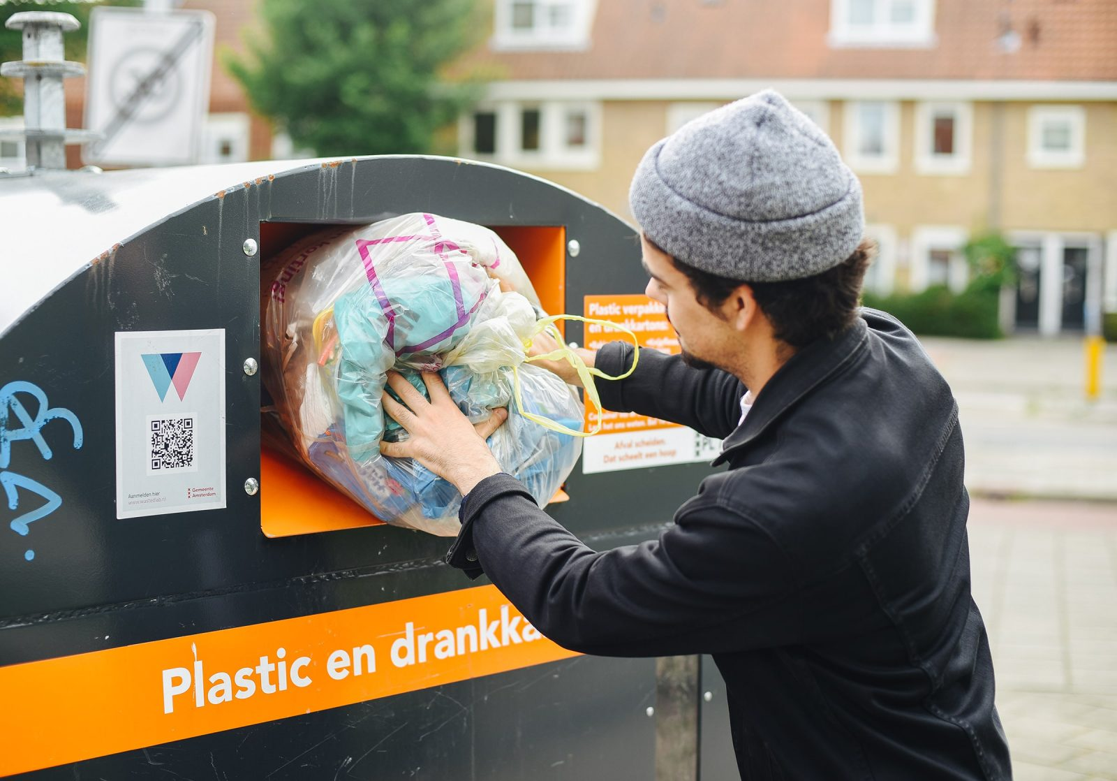 Waste Currency Motivates Citizens in Amsterdam to Recycle — Pop-Up City