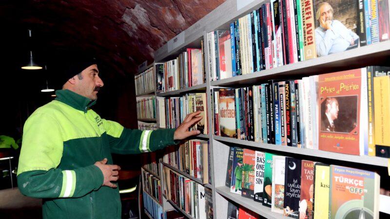 Garbage men library Ankara